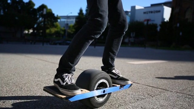 OneWheel – the Self-Balancing Electric Skateboard which is almost the 'Hoverboard'