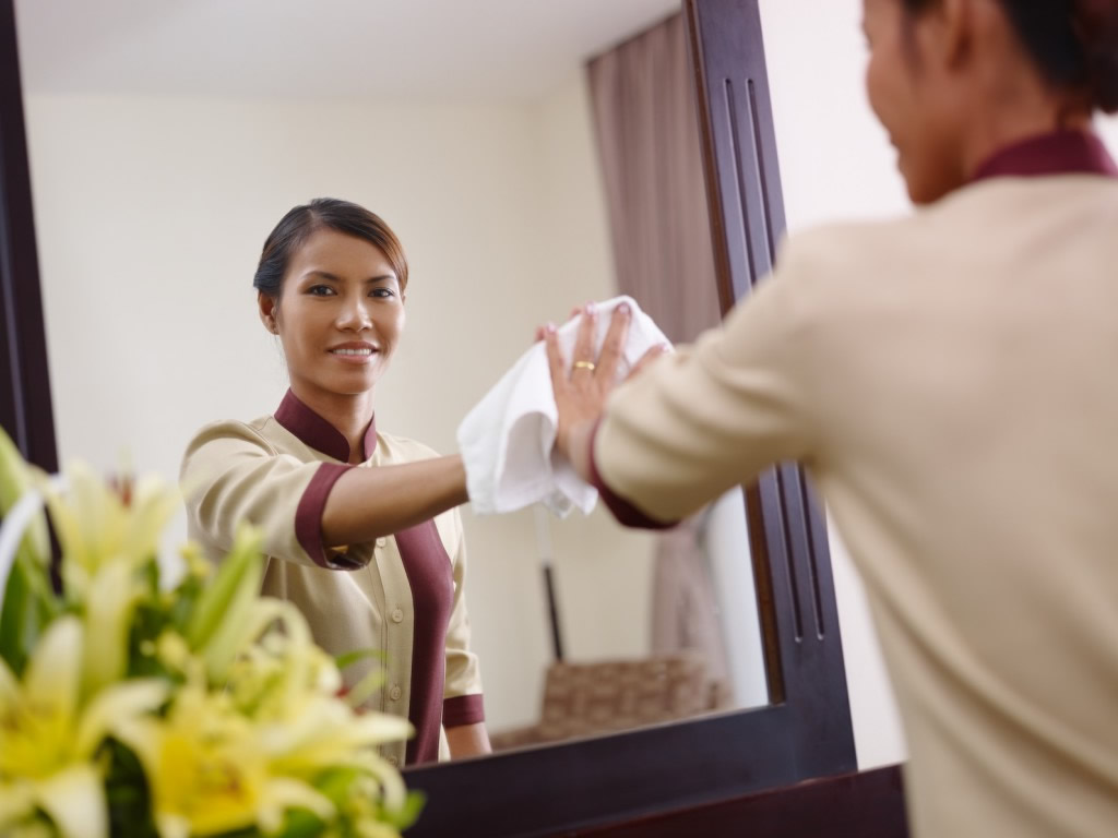 6 ways to keep a good maid