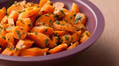 Crazily delicious organic carrot Salad
